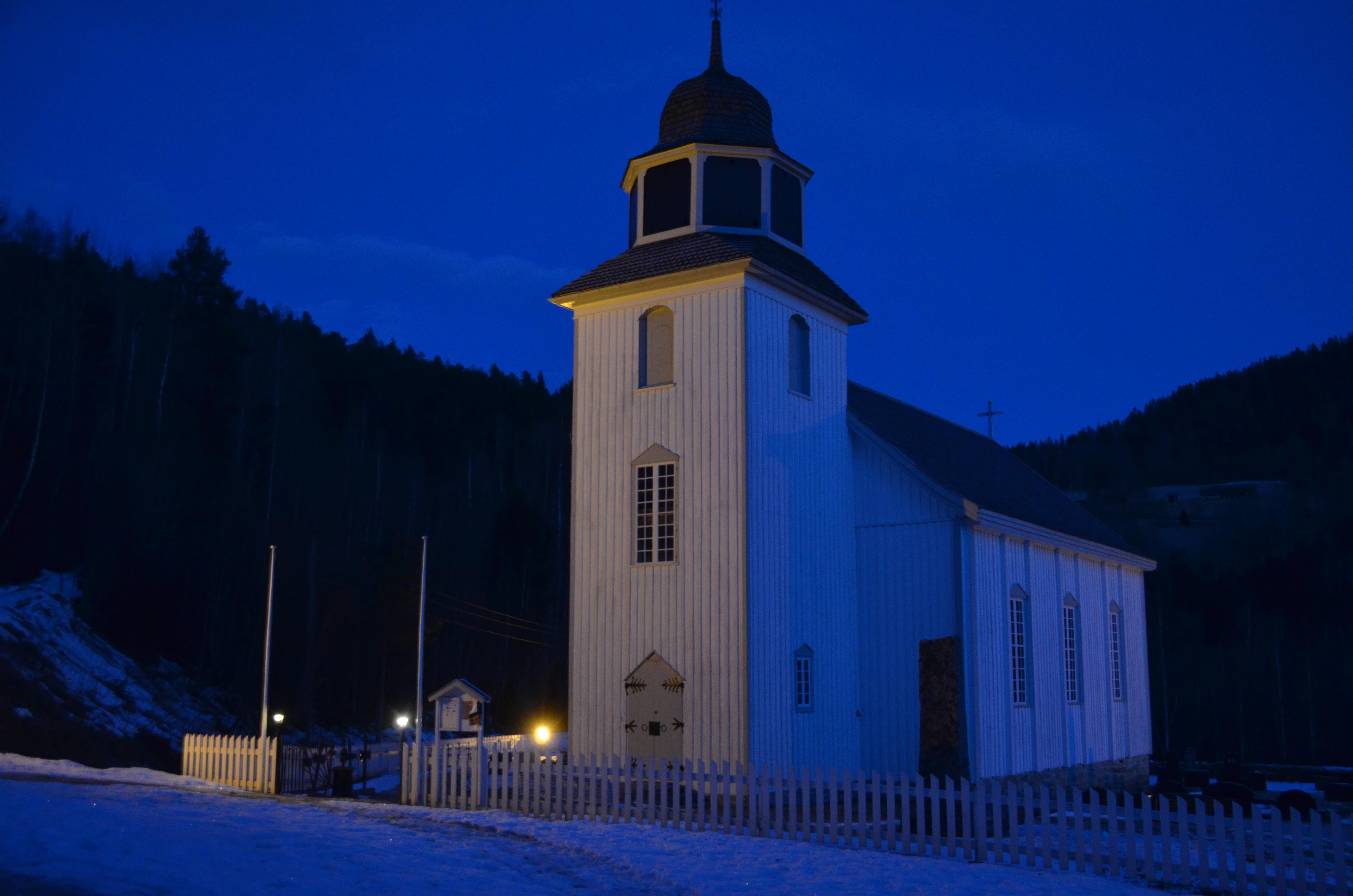Høgmesse i Hovin kyrkje