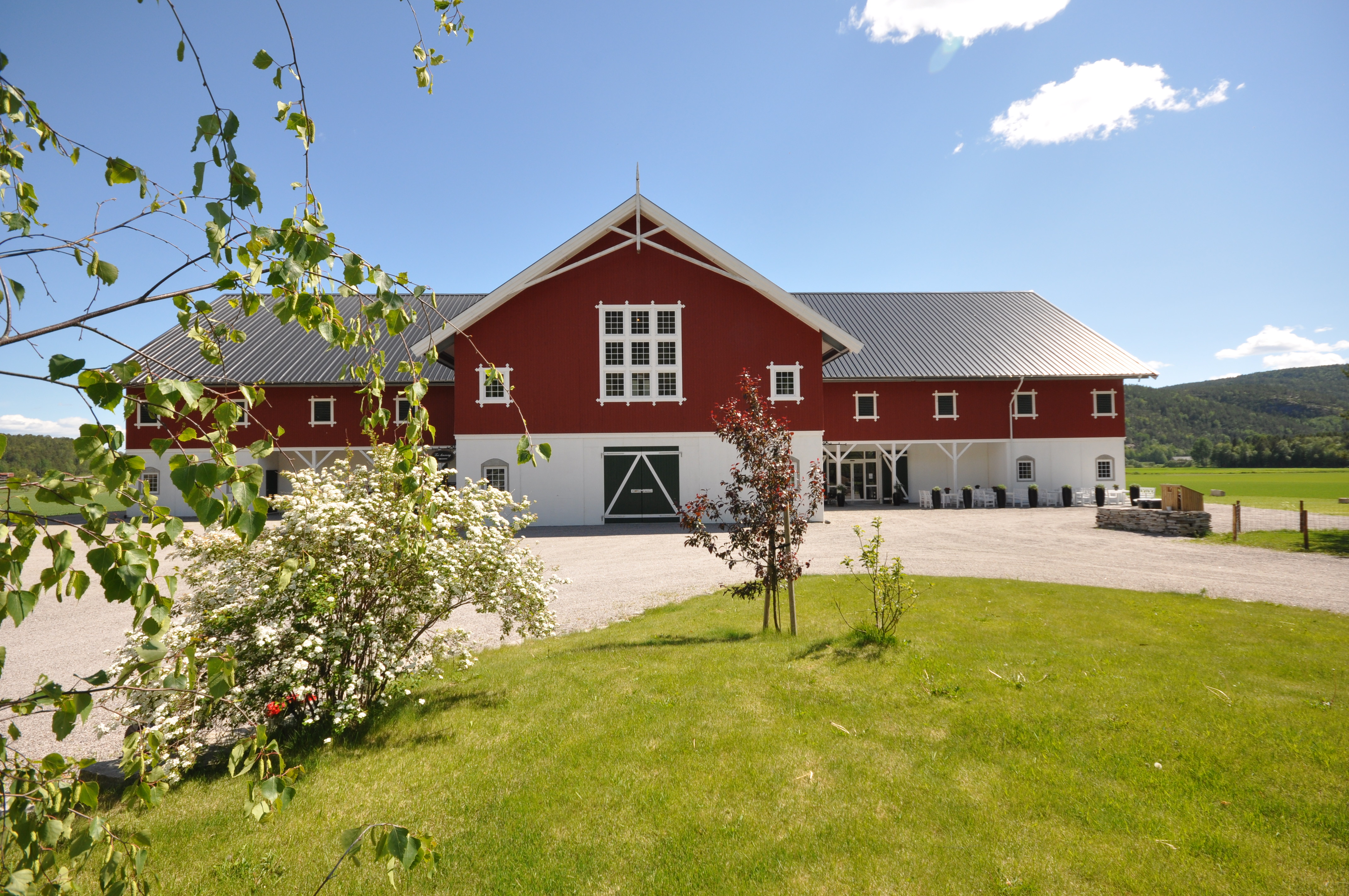 Åbø Gård med økologisk dagligvare, kunstgalleri og andelsgård., © Åbø Gård