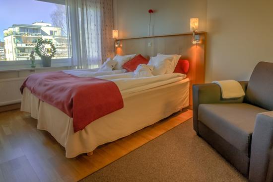 Hotell Halland i Kungsbacka, 25 minuter söder om Göteborg, har 63 rum.