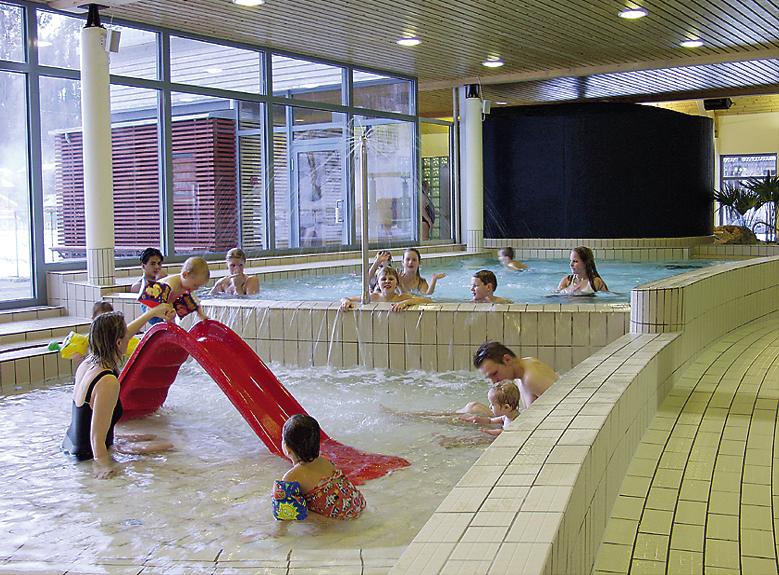 Rjukanbadet har lekeområde og opplæringsområde for barn , © Rjukanbadet
