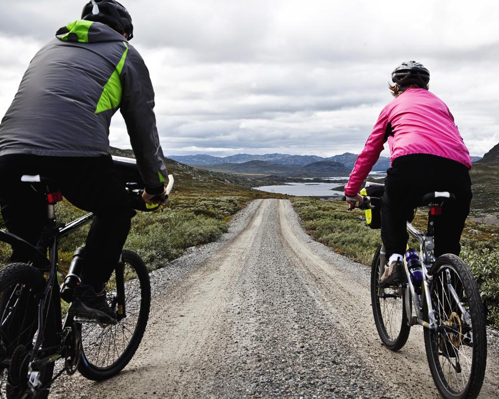 Flott landskap på Hardangervidda, opplev dette fra sykkelsetet., © Fotograf Jacobsen