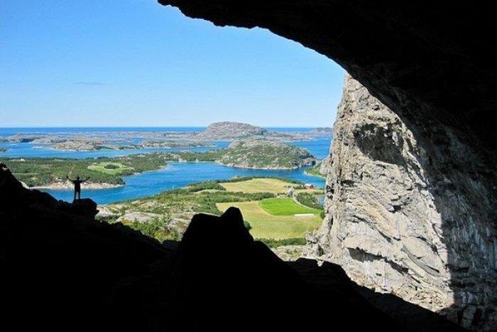 Climb Flatanger - klatrefelt og overnatting