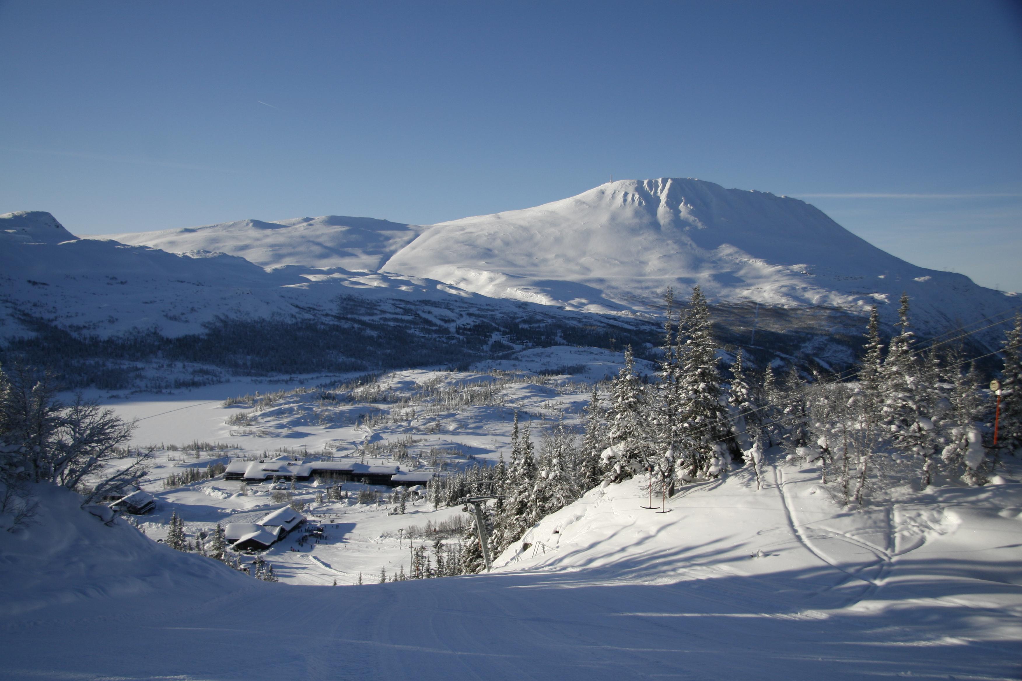 Vis a vis Gaustablikk Høyfjellshotell finner du Gaustablikk skisenter , © Britt Svartdal