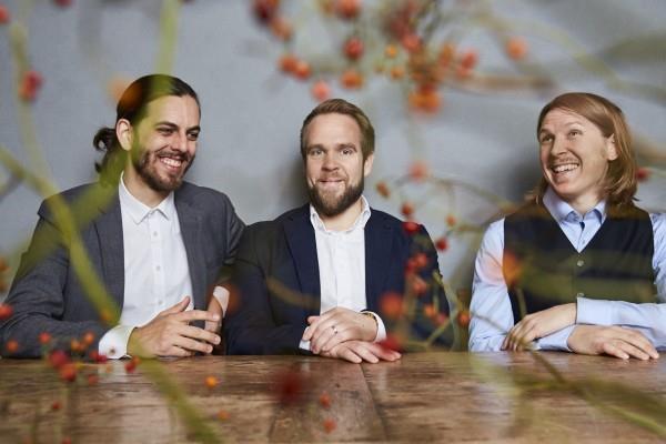Sommarmusik. Emil Brandqvist Trio.