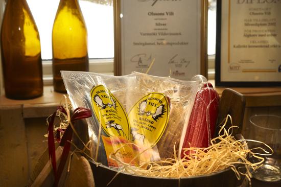 I gårdsbutiken Olssons Vilt säljs viltprodukter och andra läckra delikatesser.