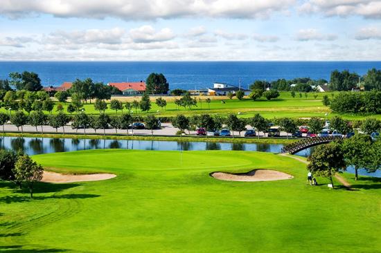 Ringenäs Golfklubb med fantastisk havsutsikt över Kattegatt.