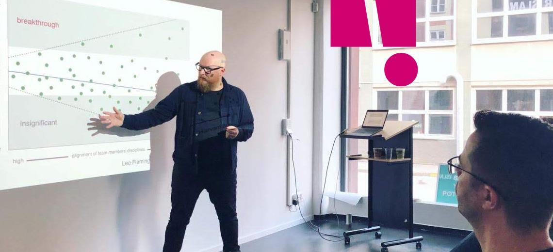 Fredrik Heghammar leder träffarna