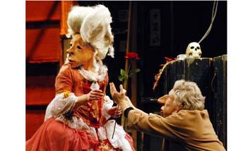 Familien Flöz: Teatro Dlusion