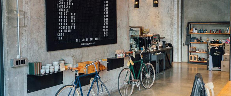 Interiör på ett café med säreget hållbarhetstänkande