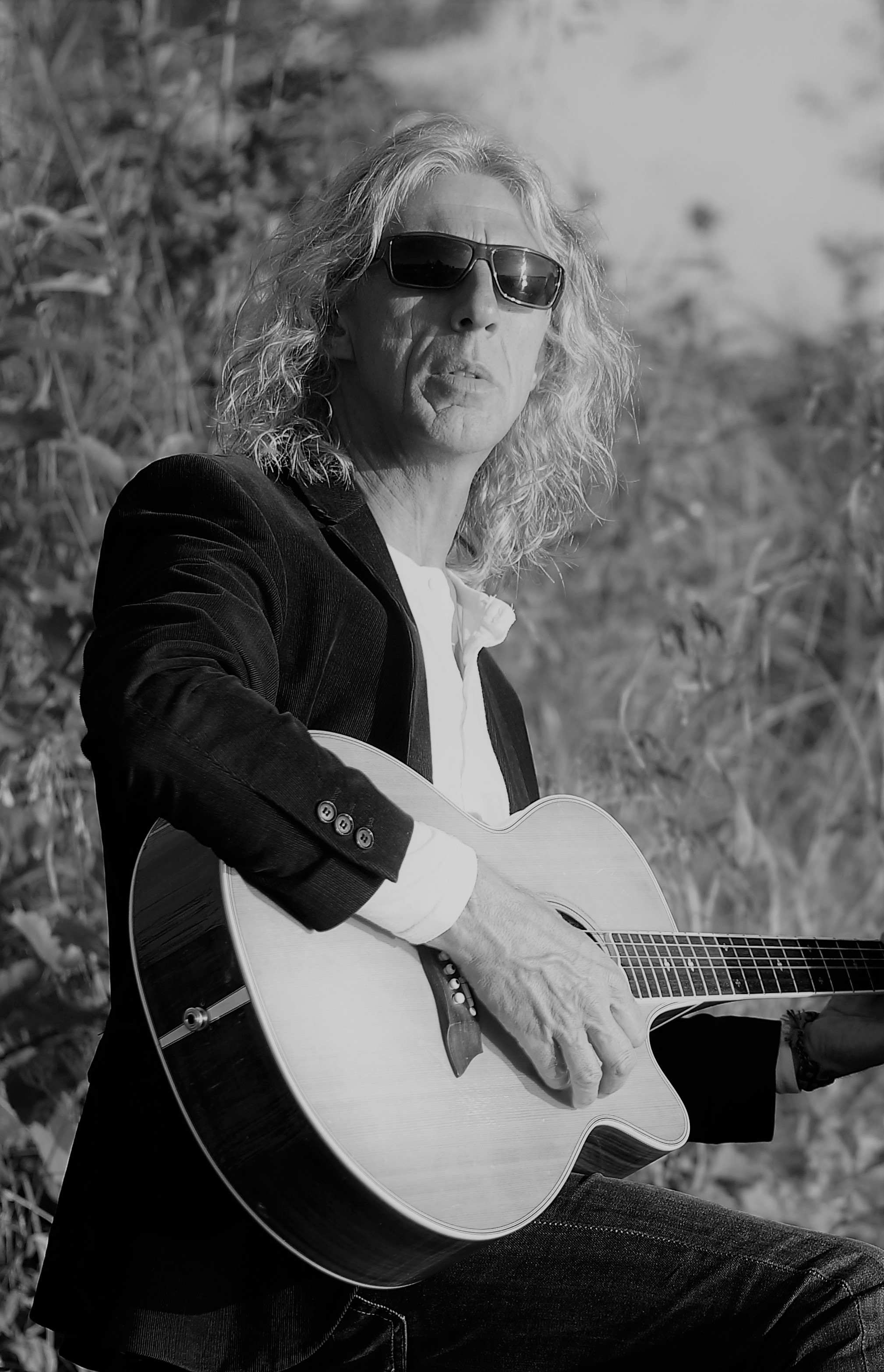 Francis Goossens spelar gitarr
