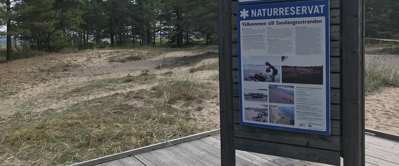 Naturreservat skylt