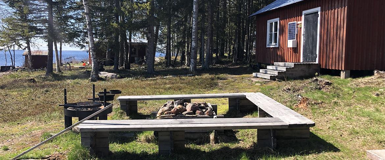 Grillplats vid Vargöstugorna
