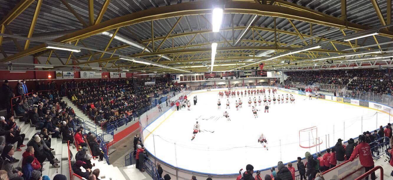 Hockey i LF Arena från FB