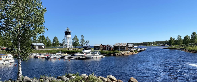 Båthamnen vid Skags fyr