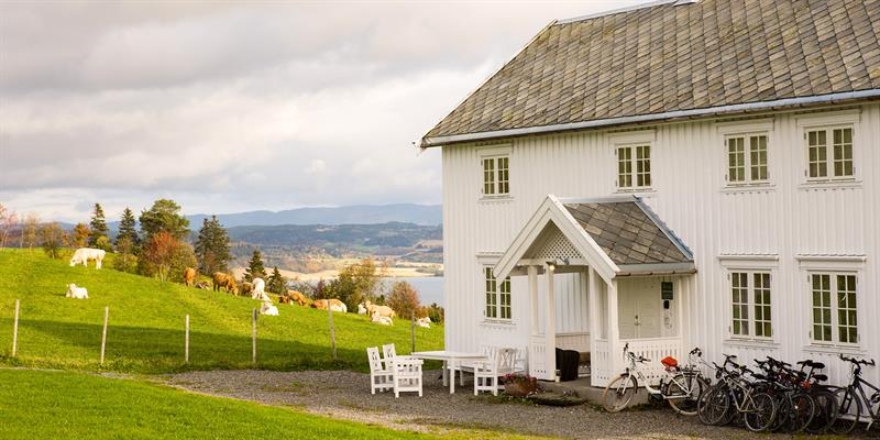 Husfrua - the main house. Copyright: WilLee Wright