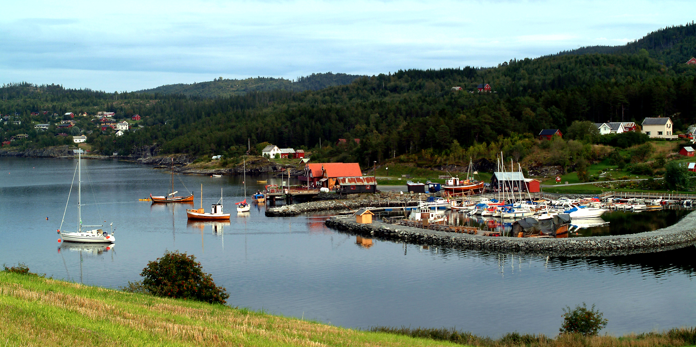 Kjerknesvågen Kai  langs Den Gyldne Omvei i Inderøy. Copyright: Kjrknesvågen Kai og Båtforening