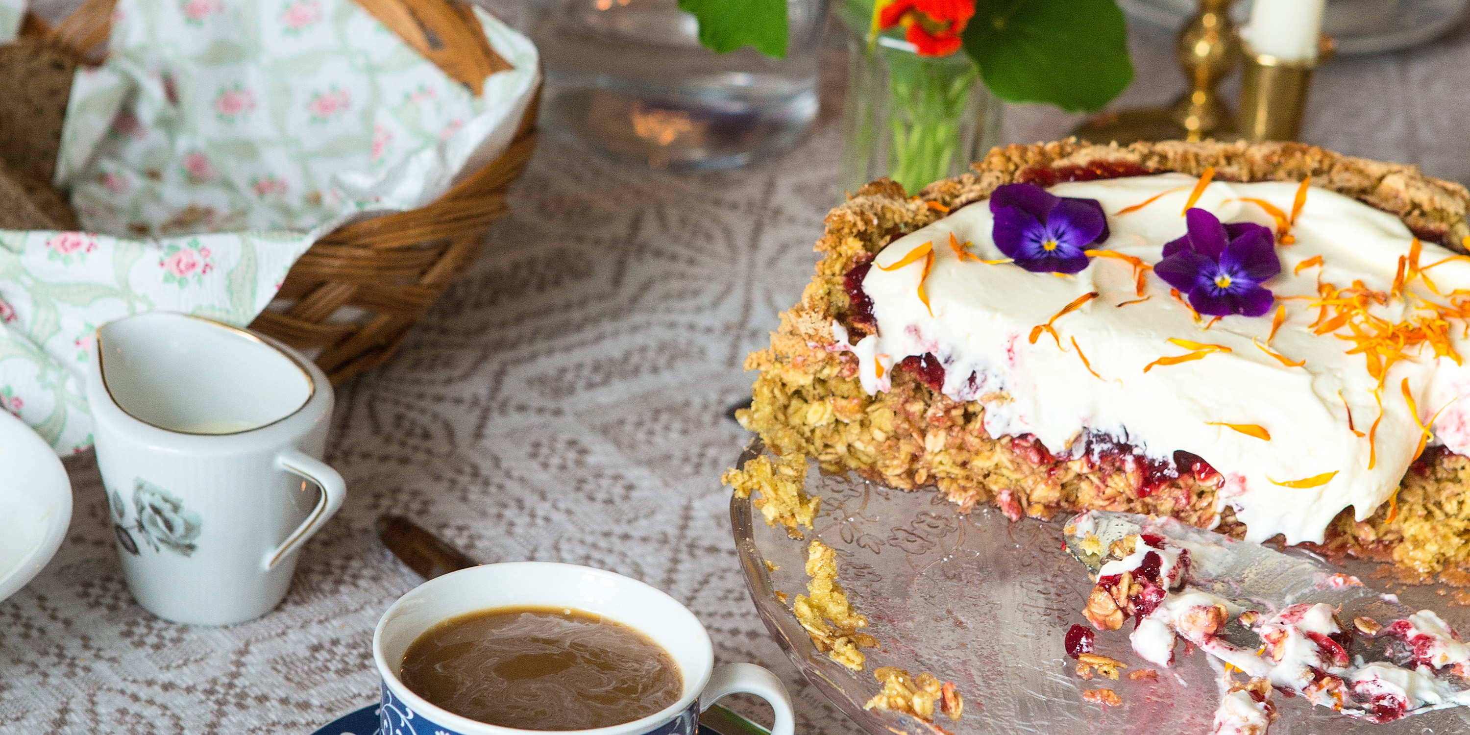 Yummy oatmeal cake at Gulburet. Copyright: WilLee Wright