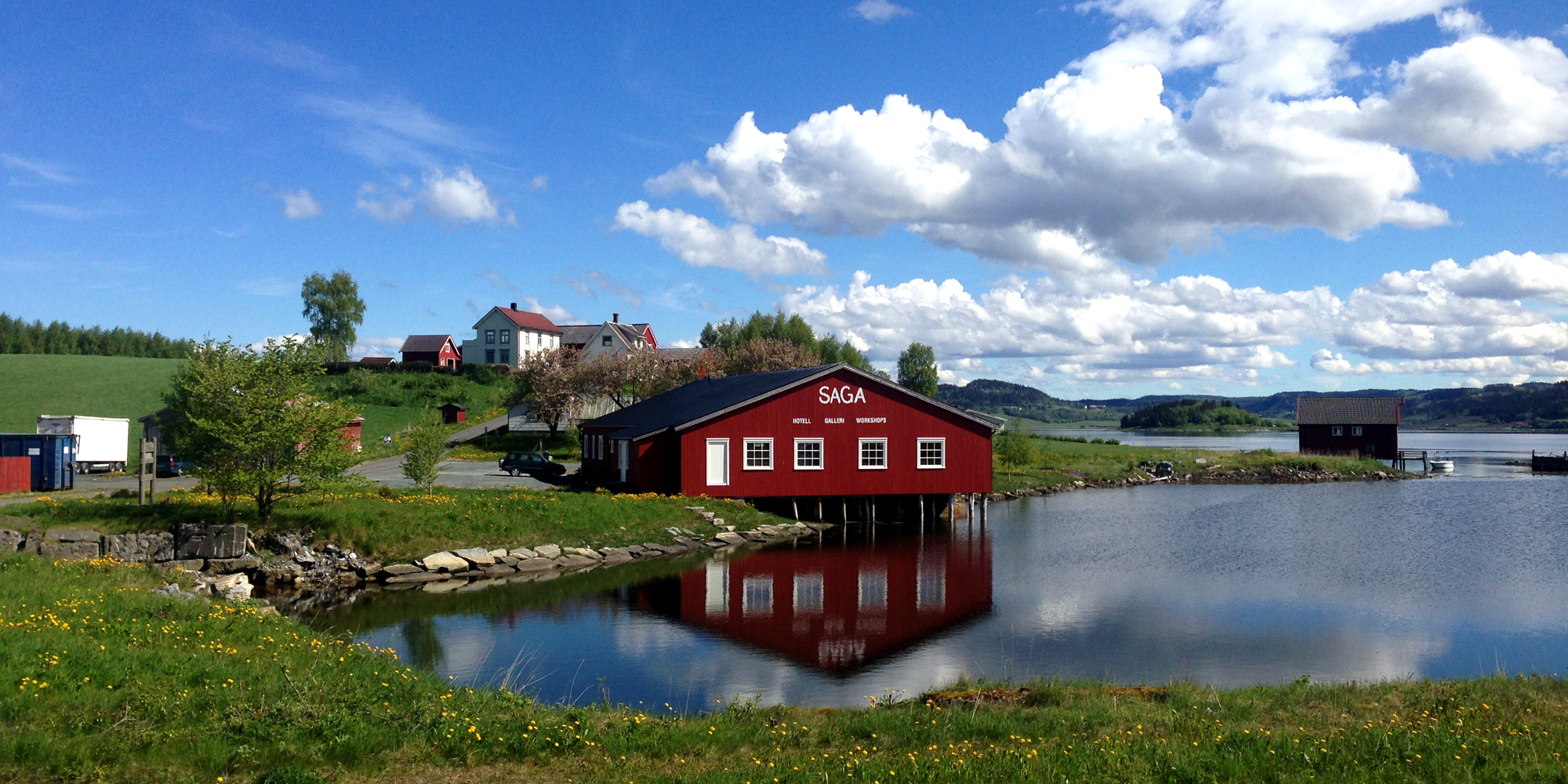 Saga - a creative centre in beautiful surroundings along the Golden Road in Inderøy. Copyright: Saga