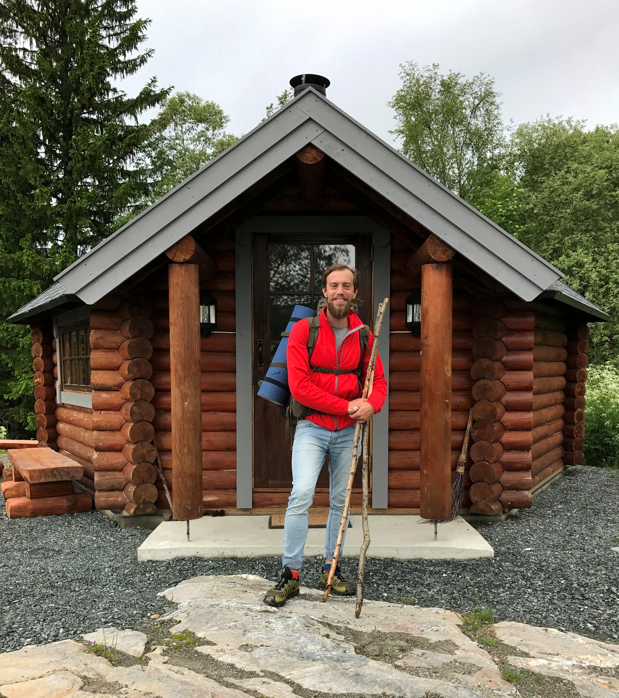Troset i Levanger Kommune: foran grillhytta. Copyright: Heidi Troset
