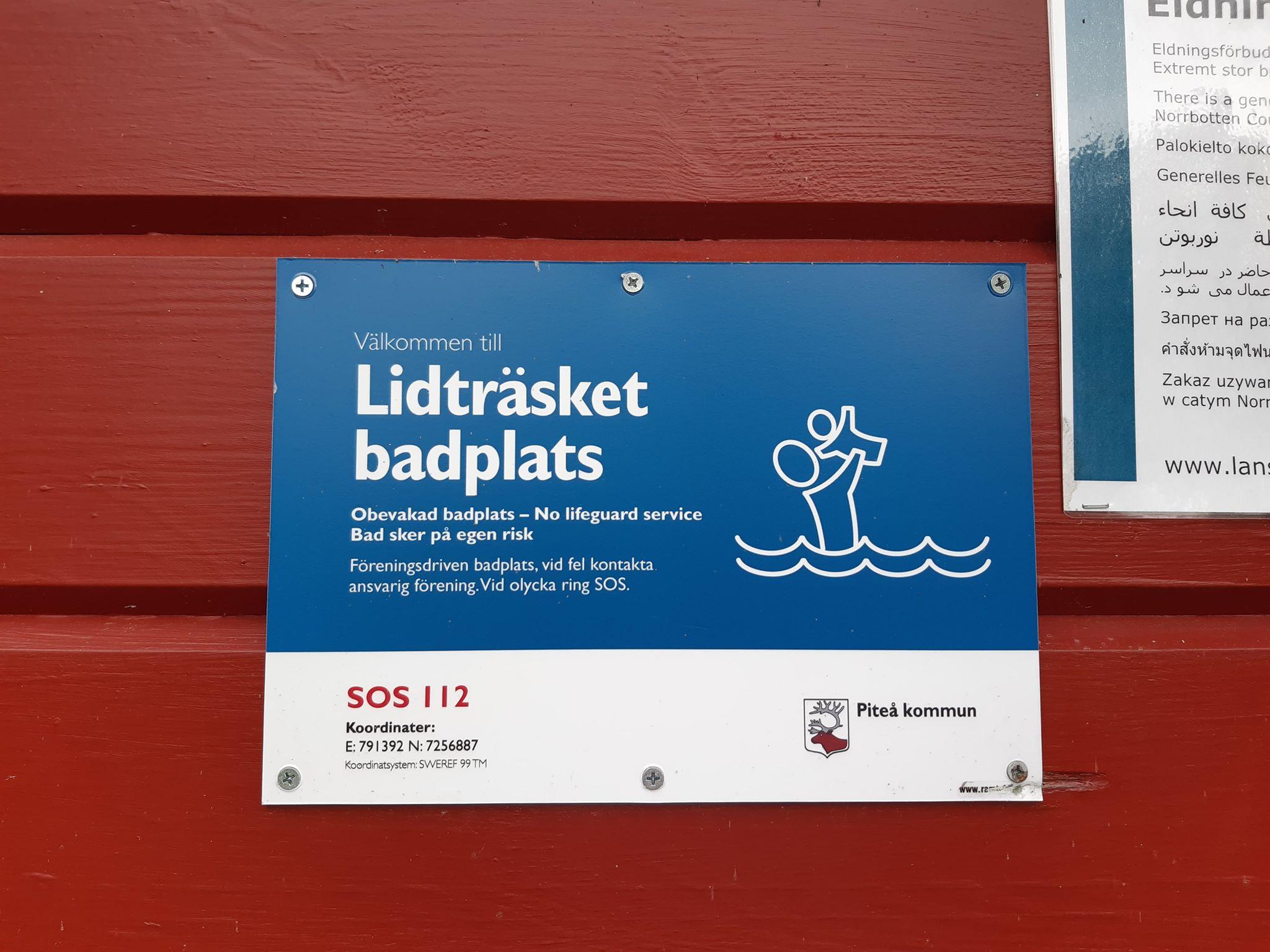 Lidträsket badplats infoskylt - Brith Fäldt