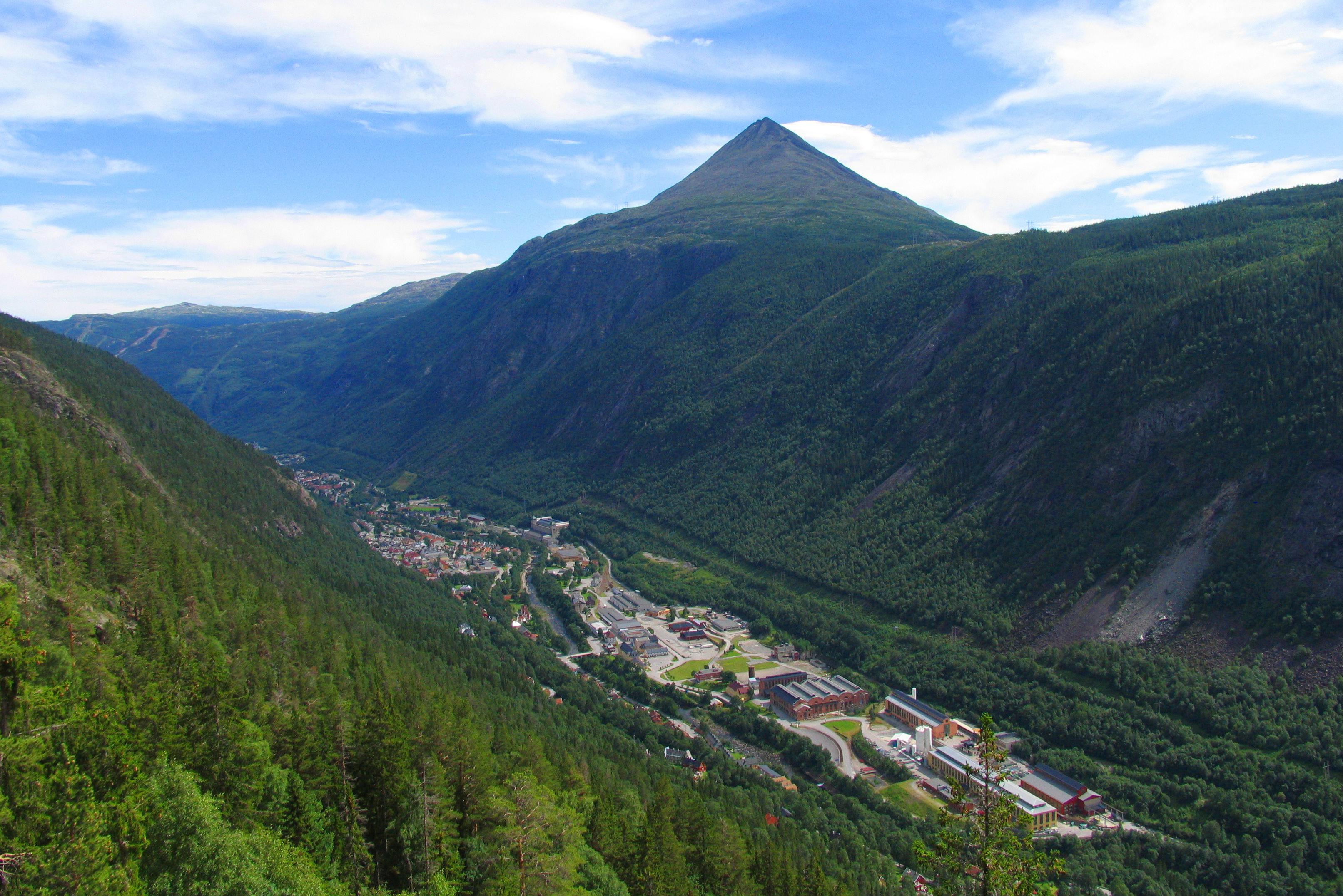 Rjukan by ble oppført på UNESCOs verdensarvliste juli 2015 på bakgrunn av industrihistorien, © Hans-Dieter Fleger