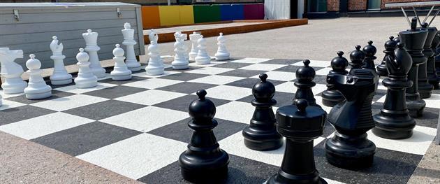 Spela schack på Sommardäcket i Piteå, Stina Eriksson