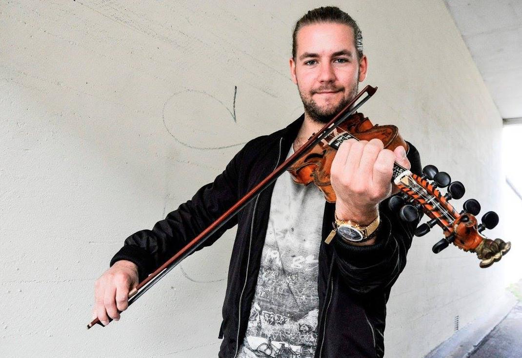 Folkemusikkpub med Lars Ingar Meyer Fjeld
