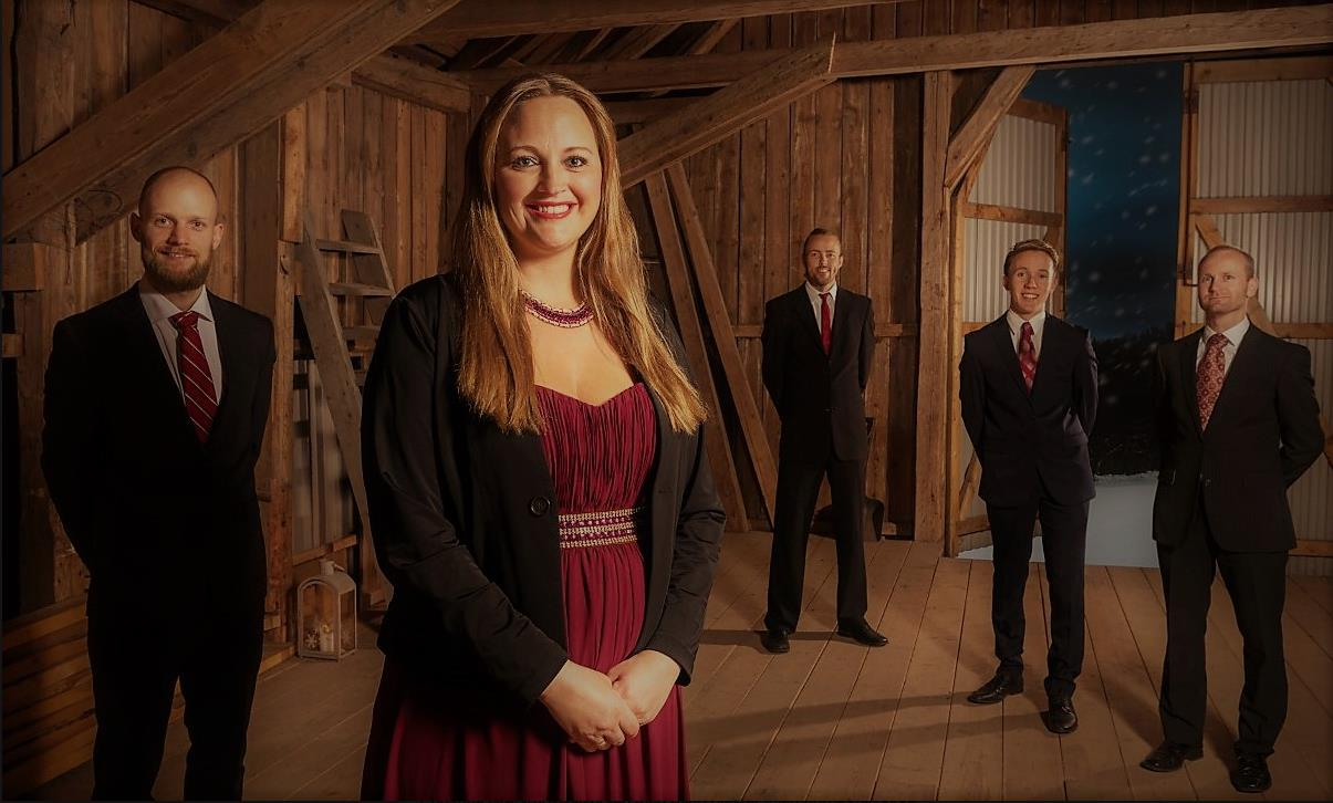 Christiana Grefsrud-Halvorsen med band