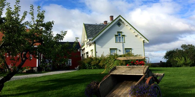 Strømnes - Great Grandfathers Guest House