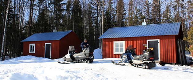 Vargöstugorna med skotrar på besök, Piteå kommun
