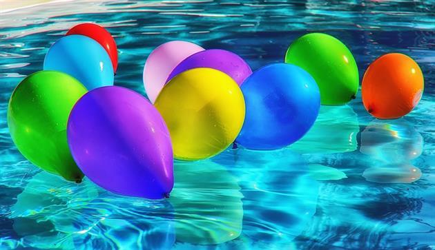 Ballonger i vatten