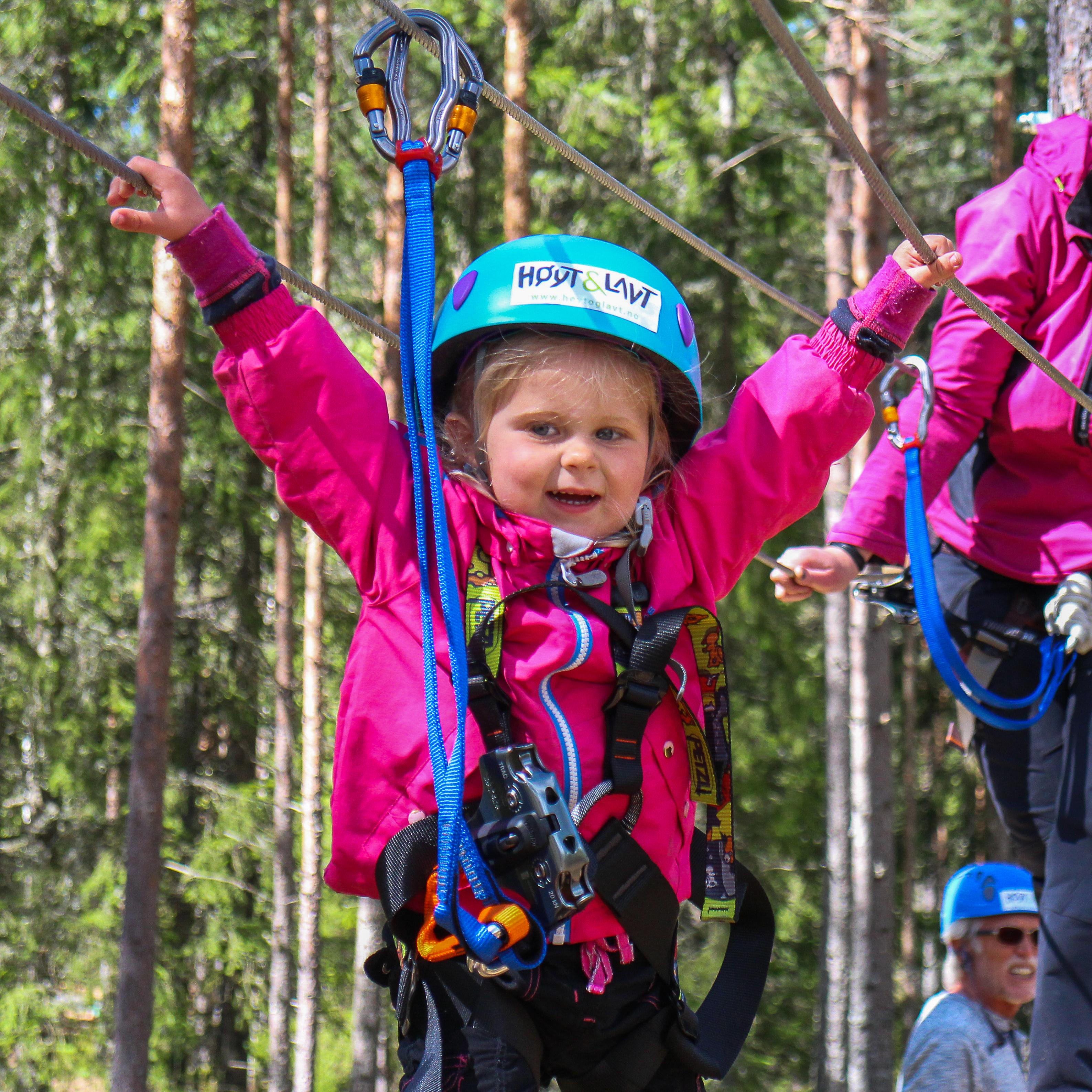 Høyt & Lavt klatrepark - Turist i egen bygd