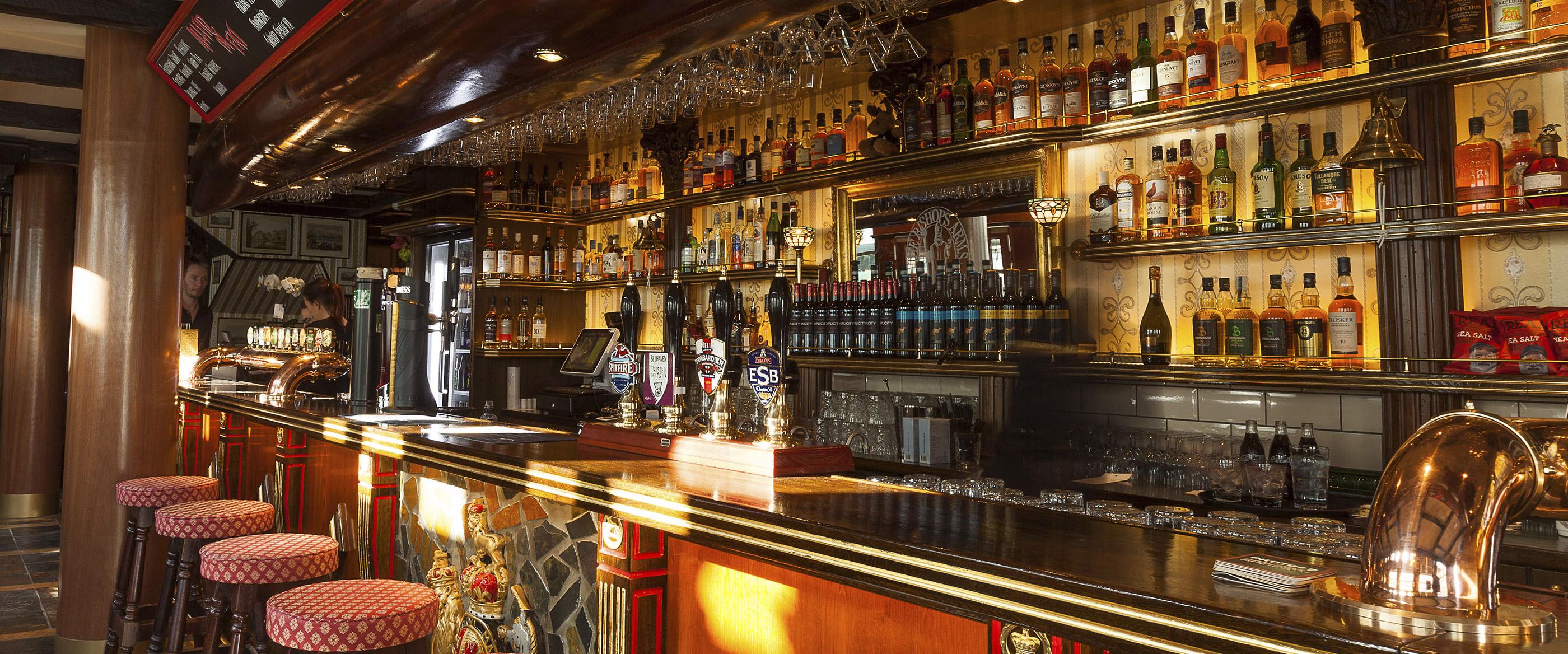 Hotel bishops arms bar