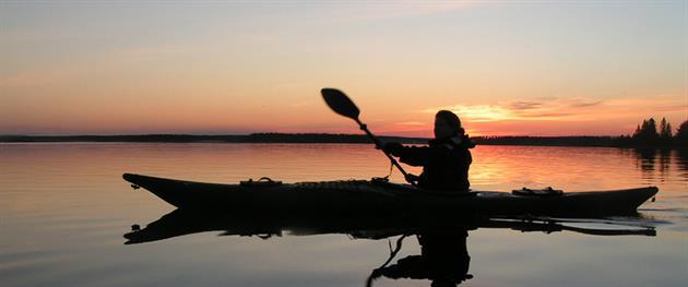 Paddling i midnattssol, Guide Natura