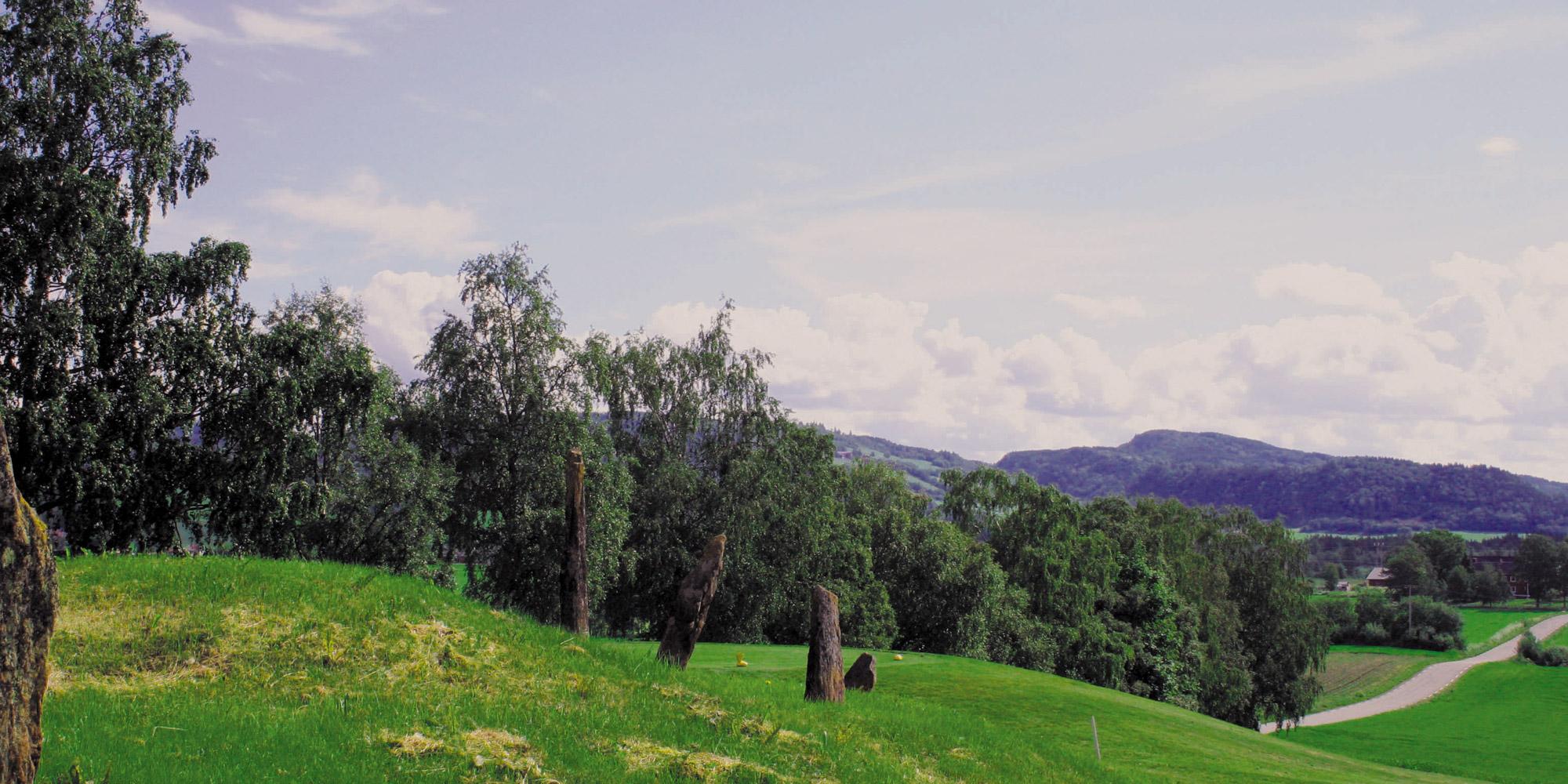 verdal-bauta-trones-2x1. Copyright: Visit Innherred